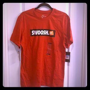 Men's Nike Bumper Swish T Shirt, size Medium, NWT